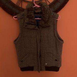 American eagle vest size XL/Lg